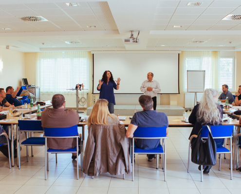 Foto KSV Seminarraum Vortrag